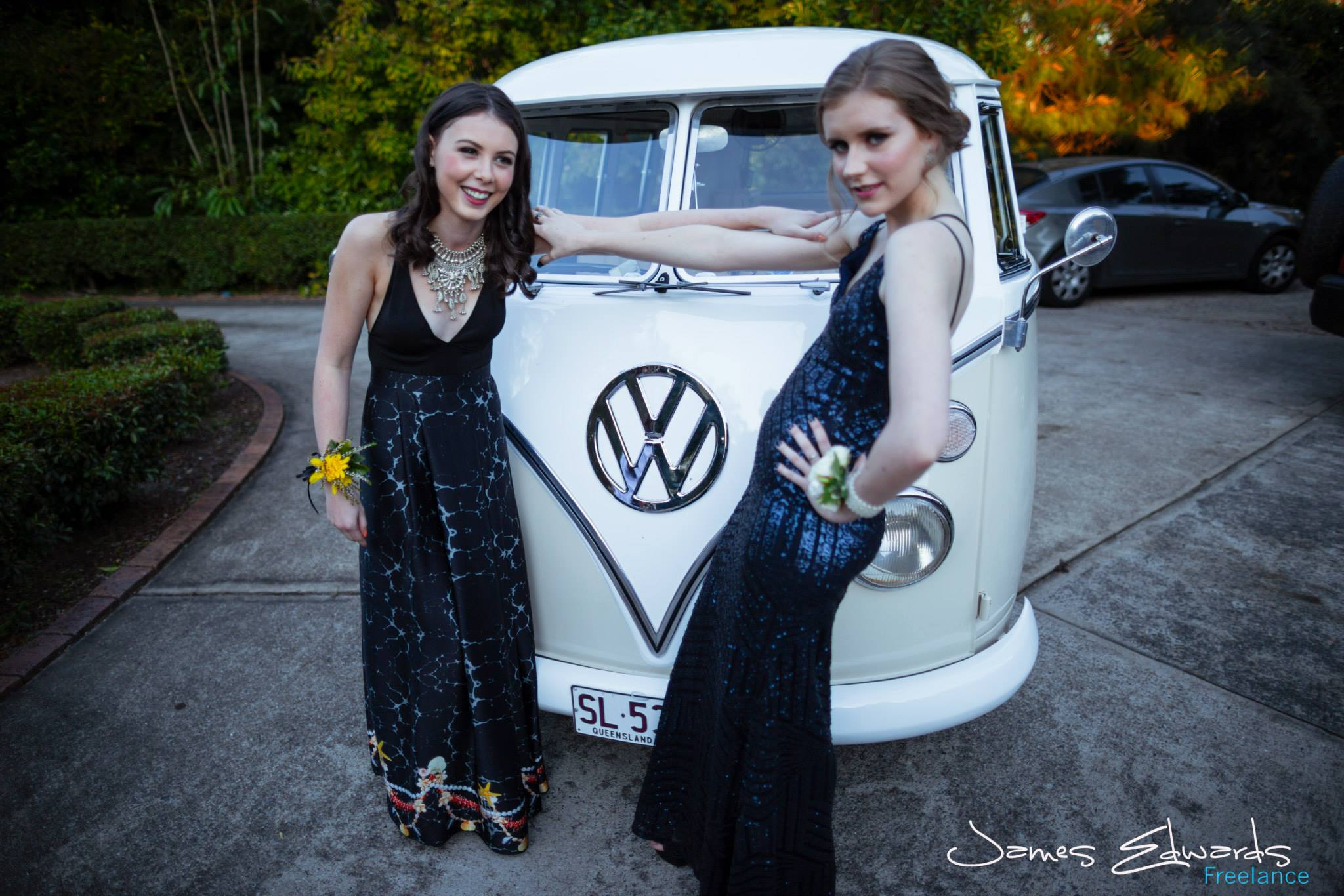2015-08-14 formal-LeaAnne & Kirrily - lola (10).jpg