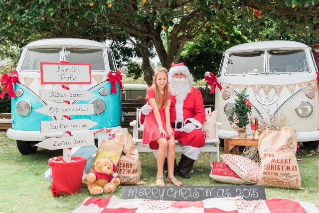 Santa and his kombis 2015 portraits album