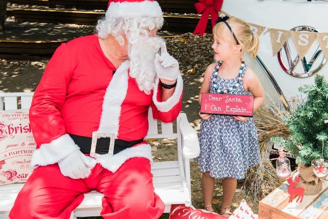 Santa and his kombis 2015 portraits album