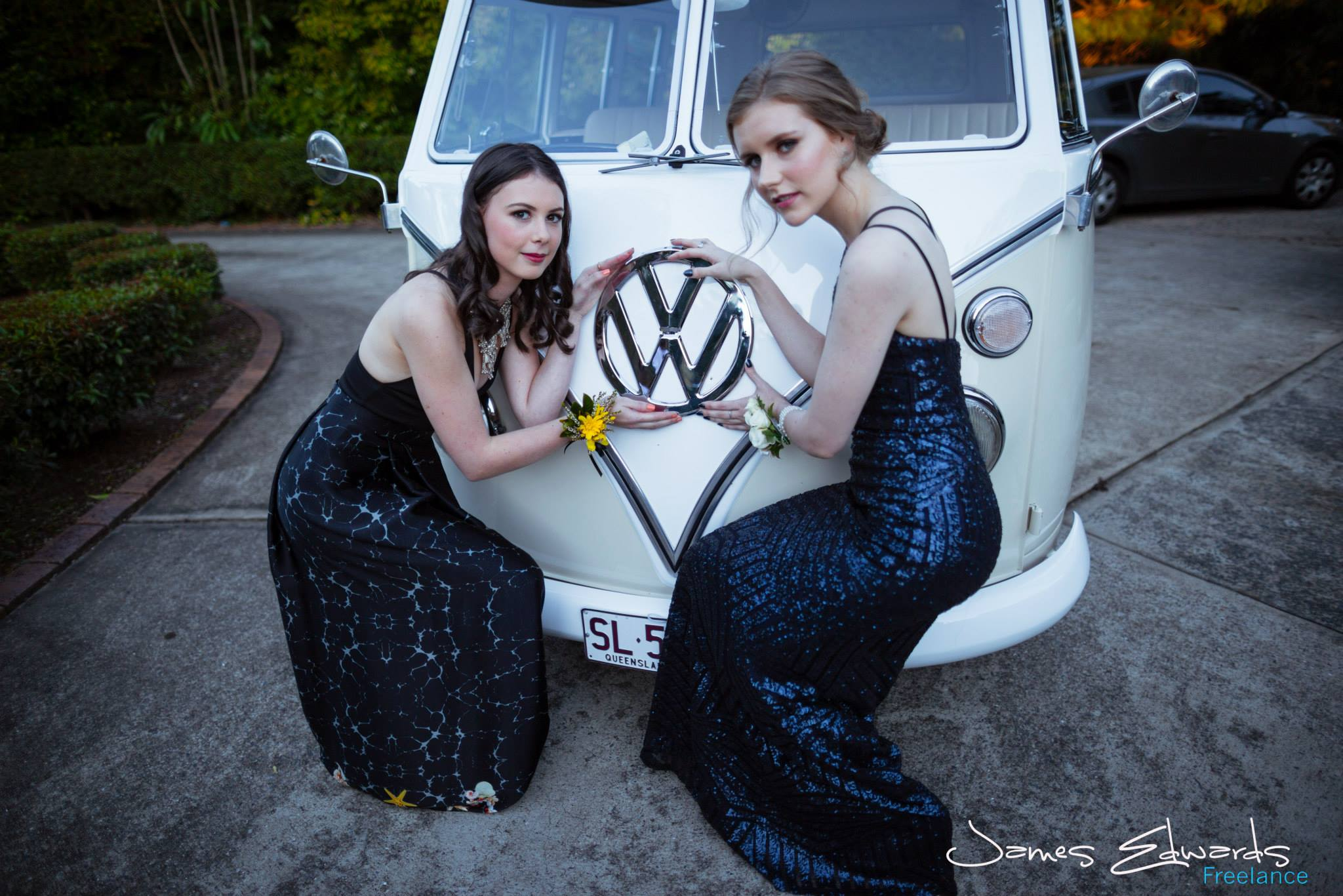 2015-08-14 formal-LeaAnne & Kirrily - lola (16).jpg